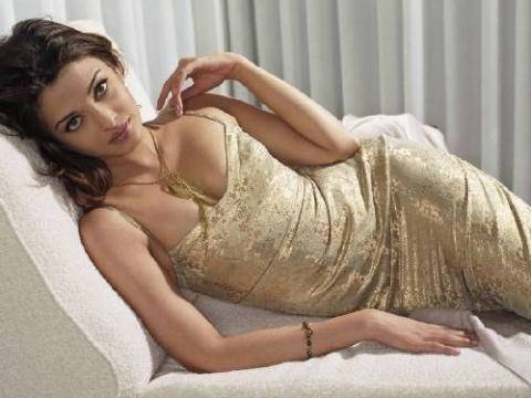 hot bipasa cleavage picture, hot bikini hot cleavage,  hot body,  hot bipasabasu, hot desi girl hot lagy pics,  hot armpit