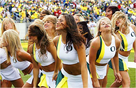 college cheerleaders