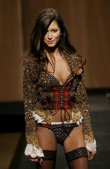 dressed to kilt victoria's secret model