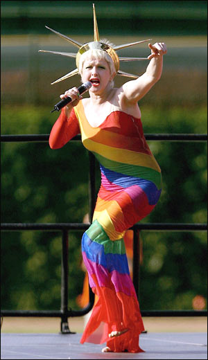 ../images/Misc/gay-games-cydni-lauper.jpg
