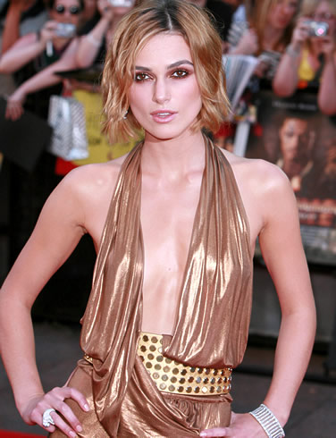 Keira Knightley tiny boobs