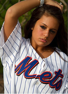 mets girls brunette